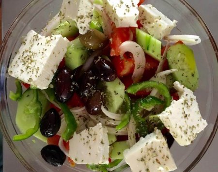 xoriatiki-salad